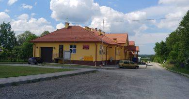 Piknik w Brzezówce i oficjalne otwarcie nowej szkoły.