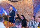 Spotkanie w podziemiach ratusza z siatkarzami Extrans Sędziszów