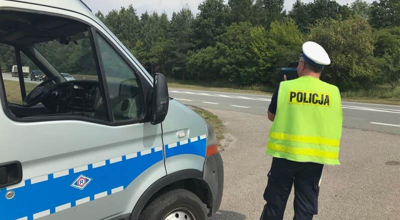 19-latek stracił prawo jazdy. Jechał 101 km/h w terenie zabudowanym.
