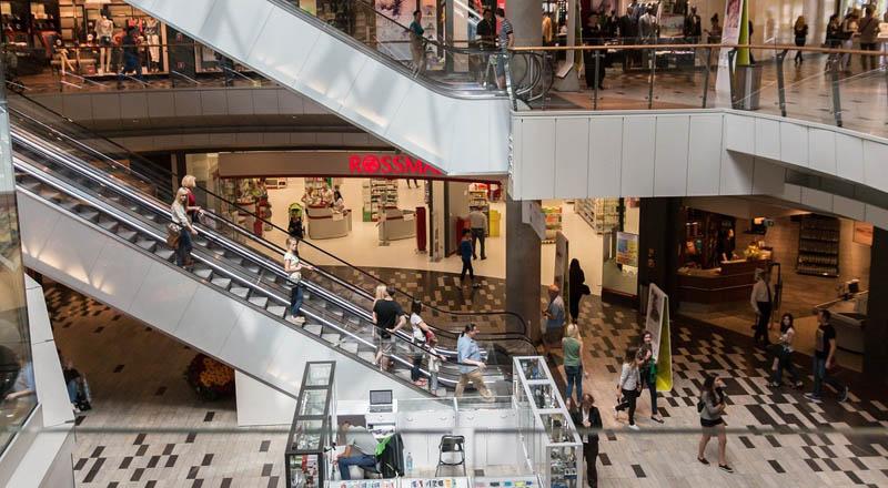 Które branże mogą prowadzić handel w galeriach?