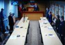 Minuta ciszy podczas sesji Rady Miasta Ropczyce i ślubowanie nowego radnego