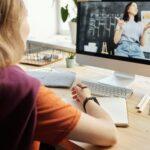 Jak wspierać dziecko w nauce (i życiu) online?