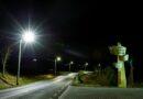Jest jaśniej i bezpieczniej – nowe oświetlenie uliczne w Broniszowie przy drodze wojewódzkiej 986